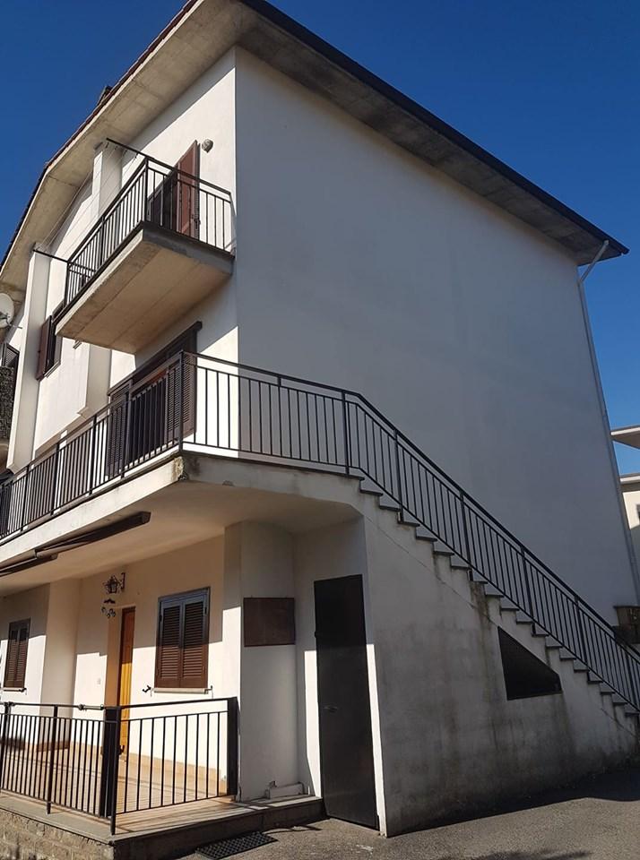 Appartamento capotesta su due livelli